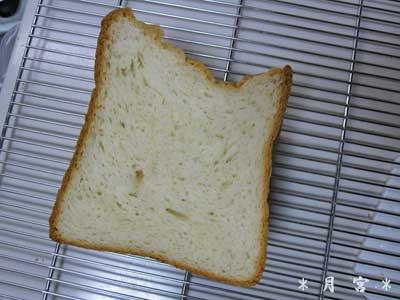米粉生クリーム食パン