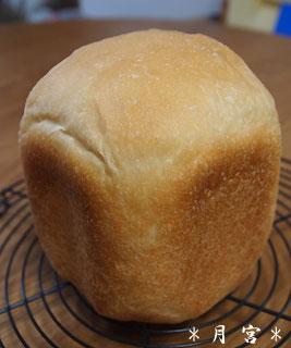 ふんわり食パン1